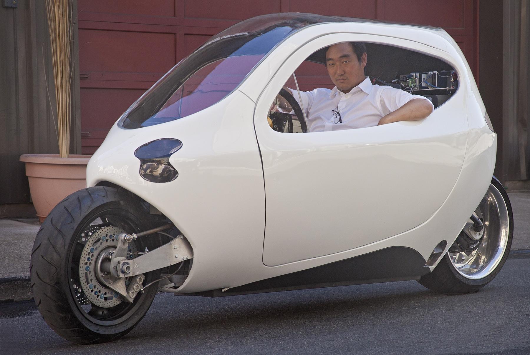 motorrad oder auto der lit motors c1 ist eine revolution scifi meets reality. Black Bedroom Furniture Sets. Home Design Ideas
