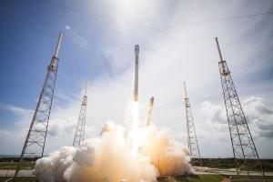 Falcon 9 Start mit den Orbcomm-Satelliten an Bord